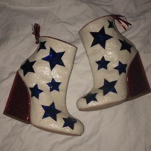 YRU Glitter Star Booties